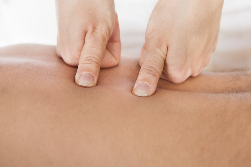 deep tissue & trigger point massage course - babtac related image